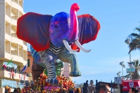 Carnevale di Viareggio -  Enocuriosi di Wine and Tours