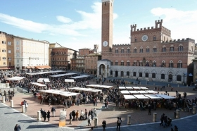 Torna il Mercato nel Campo - Wine and Tours by Enocuriosi
