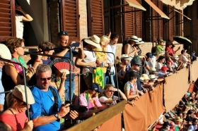 PALIO BIGLIETTI -  Enocuriosi di Wine and Tours