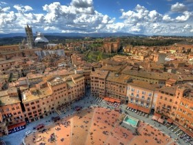 Guided Walking Tour of Siena -  Enocuriosi by Wine and Tours