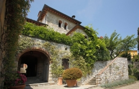 Relais Vignale -  Enocuriosi by Wine and Tours