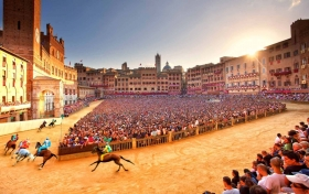 Extraordinary Palio -  Enocuriosi by Wine and Tours