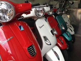 Vespa Tour -  Enocuriosi by Wine and Tours