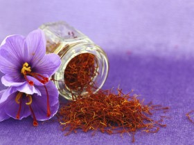 The Saffron: the gold of the Val d'Orcia - Wine and Tours by Enocuriosi